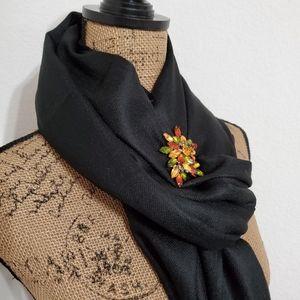 Pashmina/Silk blend black fringe scarf•NWT•